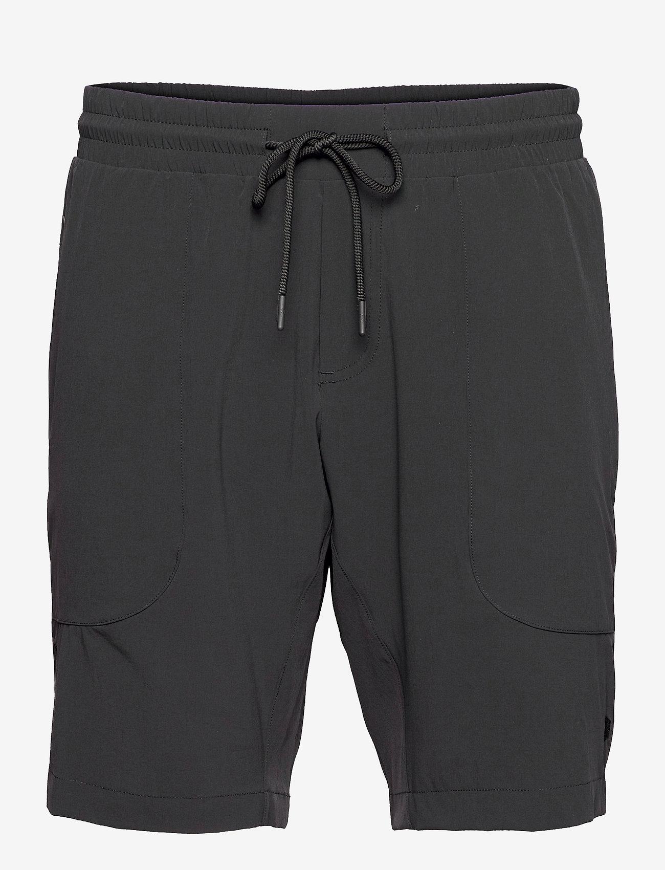 Peak Performance - M Tech Dry Shorts - casual shorts - black - 0