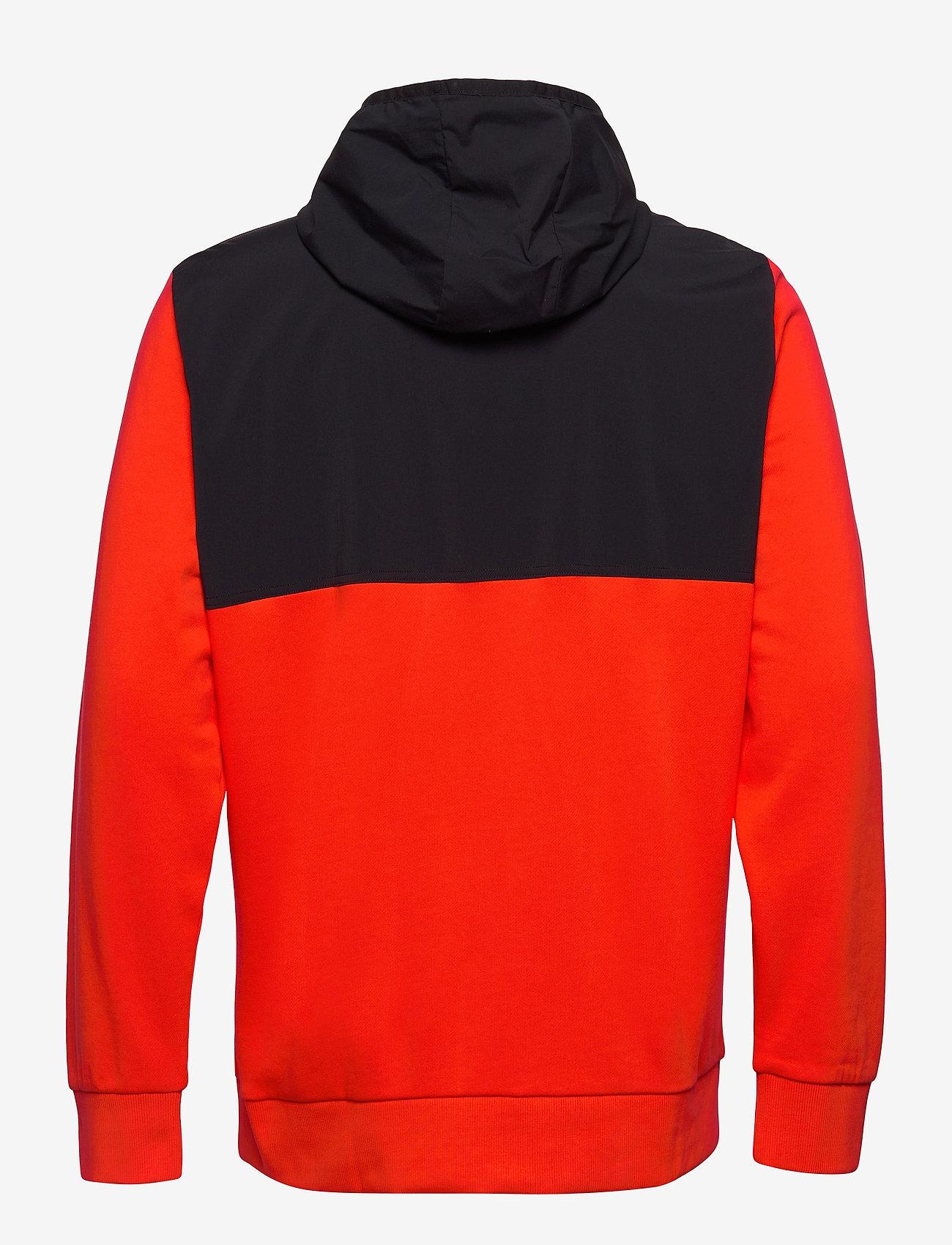 Peak Performance - M Stowaway Hood - hoodies - super nova   black - 1