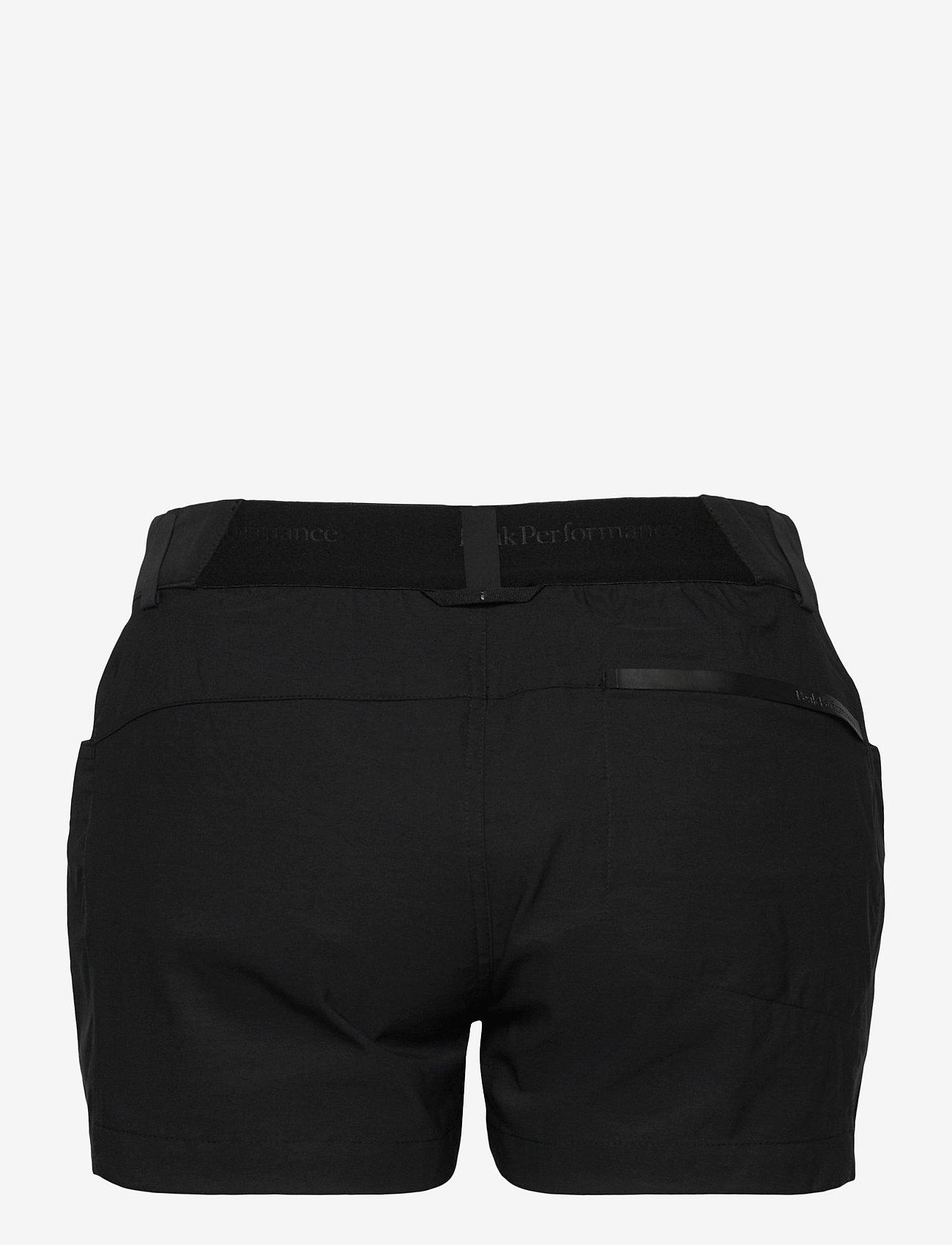 Peak Performance - W Iconiq Shorts - wandel korte broek - black - 1