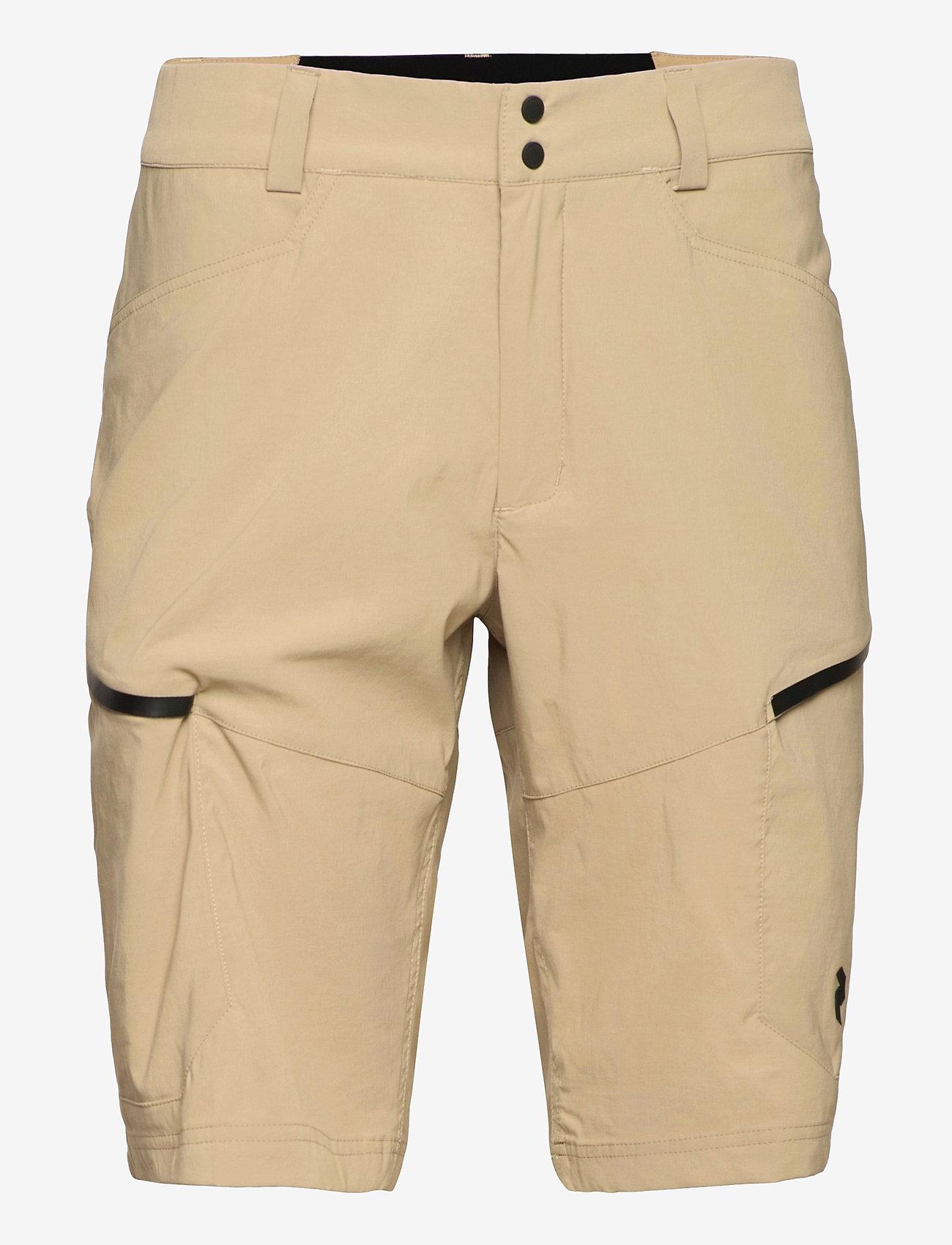 Peak Performance - M Iconiq Cargo shorts - wandel korte broek - true beige - 0