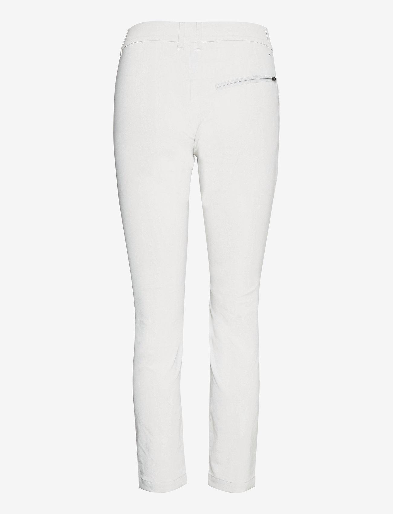 Peak Performance - W Illusion Pants - golf-housut - antarctica - 1