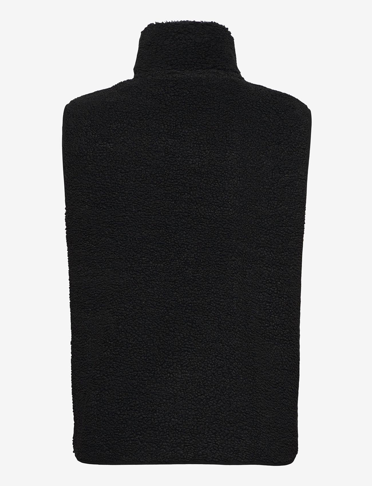 Peak Performance - M Original Pile Vest - urheilutakit - black - 1