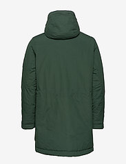 Peak Performance - TYPHON J - insulated jackets - scarab green - 2