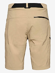 Peak Performance - M Iconiq Long Shorts - wandel korte broek - true beige - 1