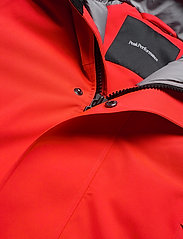 Peak Performance - HYPERPKA - insulated jackets - dynared - 2