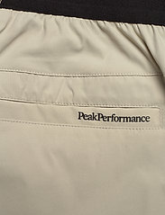 Peak Performance - Player Shorts Men - szorty golfowe - dwell beige - 4
