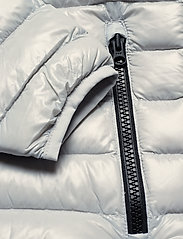 614fab05d96c2 Ward Liner (Antarctica) (£154) - Peak Performance -