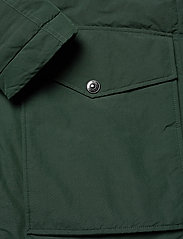 Peak Performance - TYPHON J - insulated jackets - scarab green - 5