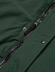 Peak Performance - TYPHON J - insulated jackets - scarab green - 6
