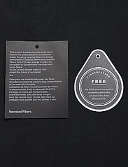 Peak Performance - M Sapphire Light Jacket - kurtki turystyczne - black - 4