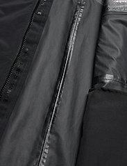 Peak Performance - M Sapphire Light Jacket - kurtki turystyczne - black - 8