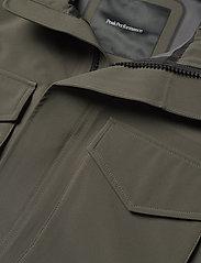 Peak Performance - M Softshell Field Jacket - ulkoilu- & sadetakit - black olive   deep earth - 3