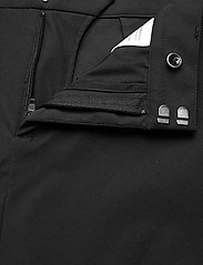 Peak Performance - W Illusion Skirt - urheiluhameet - black - 5