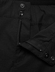 Peak Performance - W Iconiq Long shorts - short de randonnée - black - 3