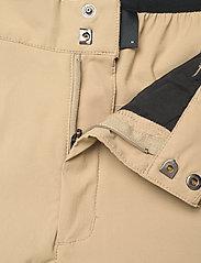 Peak Performance - M Iconiq Cargo shorts - wandel korte broek - true beige - 3