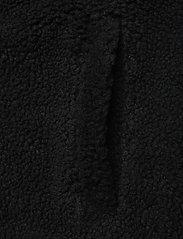 Peak Performance - M Original Pile Vest - urheilutakit - black - 4