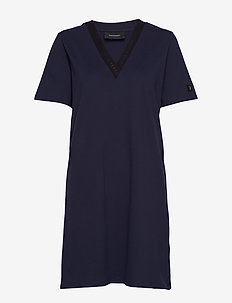 W Tech VN Dress - sportklänningar - blue shadow