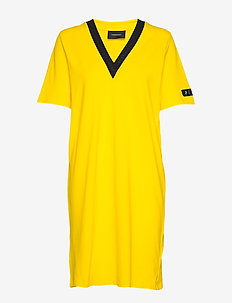 W Tech VN Dress - sports dresses - stowaway yellow