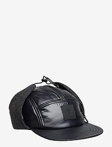 VERNIS CAP - BLACK