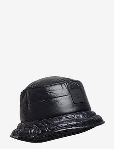 VERNBUCKHT - BLACK