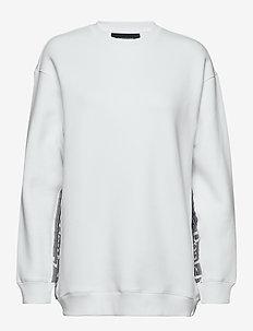 W Bounce Logo Crew - sweatshirts - white