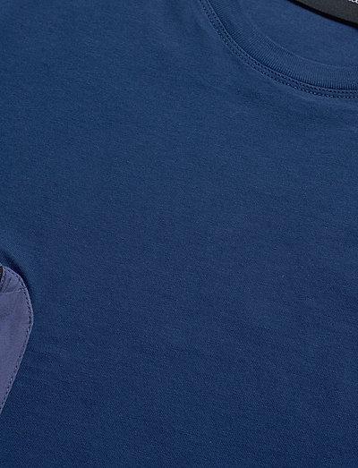 Peak Performance M Combined Tee- T-paidat Cimmerian Blue