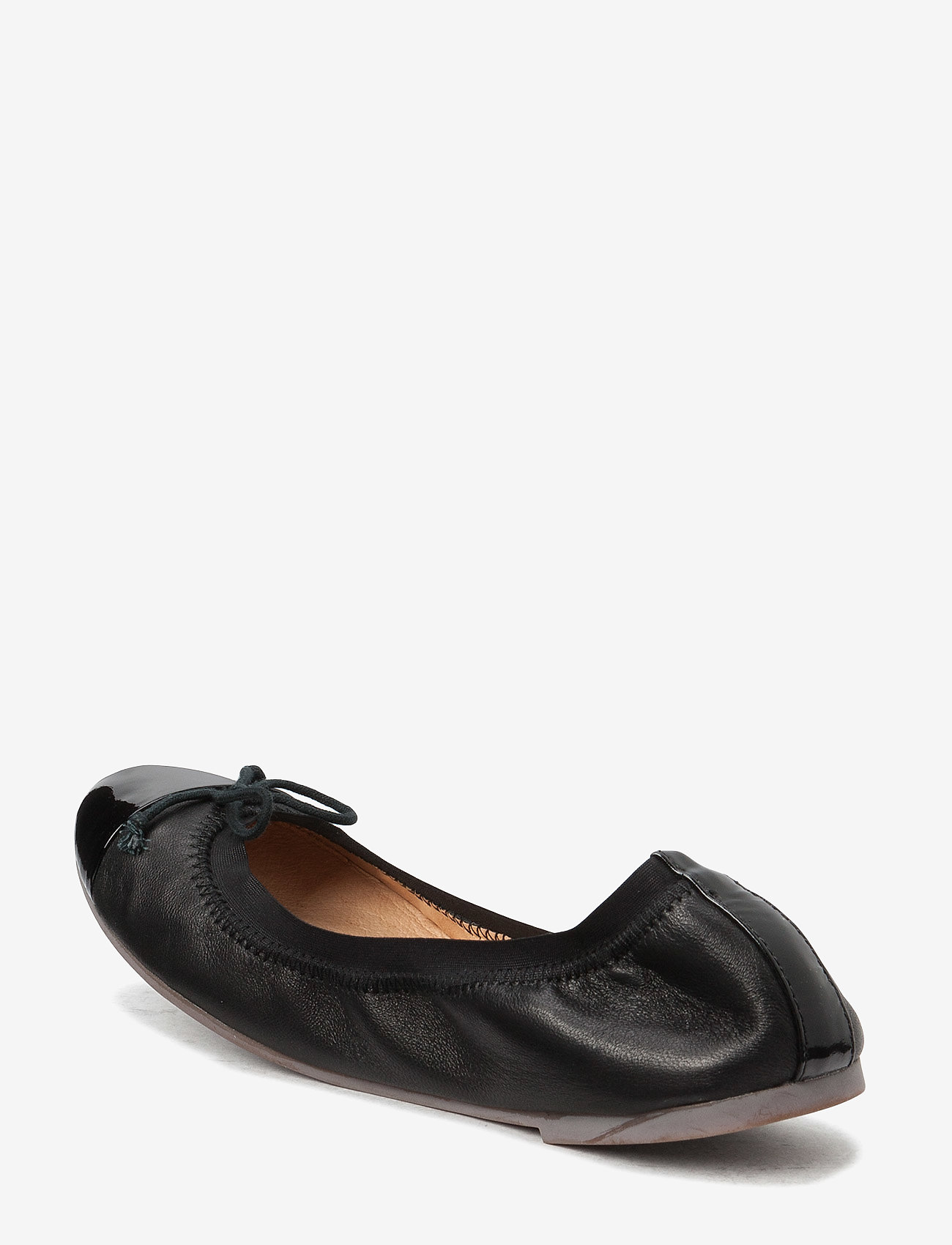 Petit by Sofie Schnoor - Leather ballerina - ballerinaer og slip-ons - black - 1