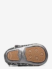 Petit by Sofie Schnoor - Baby glitter shoe 1 - ballerinaer og slip-ons - grey glitter - 4