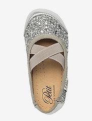 Petit by Sofie Schnoor - Indoors shoe - glitter - hjemmesko - silver - 3