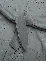 Petit by Sofie Schnoor - Bathrobe - szlafroki - dusty blue - 3