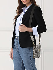 PIPOL'S BAZAAR - Stile Saddle Cross PIPOL Bag Square B&W - shoulder bags - multi - 1