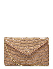 Amal Clutch Golden - GOLD