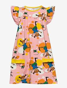 CARTWHEEL POCKET DRESS - sukienki - pink