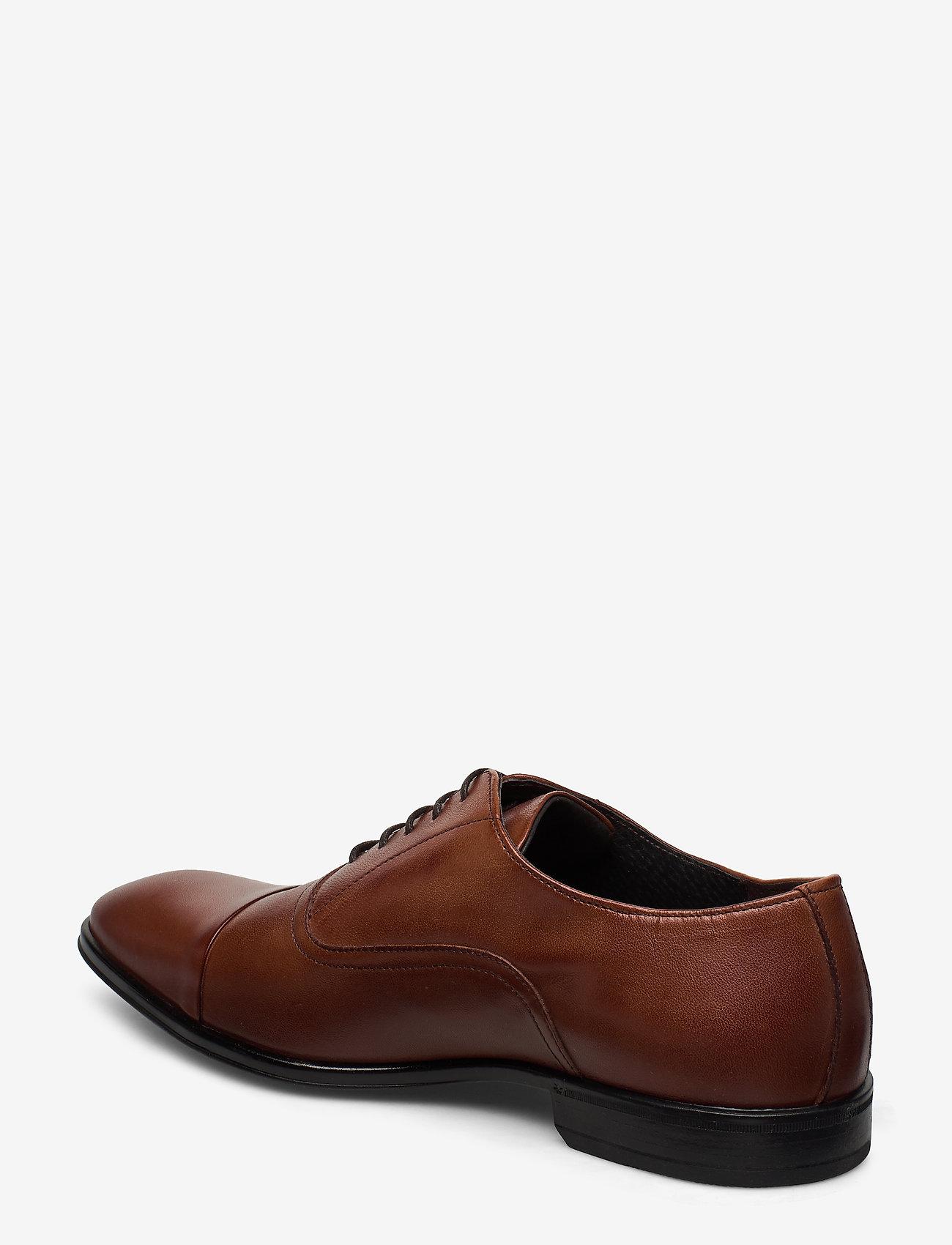 2498 (Cognac) - Playboy Footwear