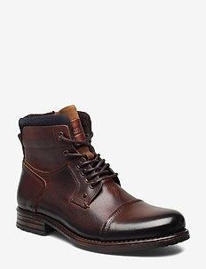 6144 - veter schoenen - camel