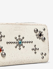 Polo Ralph Lauren - STUDDED DS LTHR-LONG ZIP WLT-WLT-SM - wallets - cream - 3