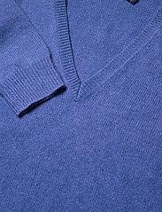 Polo Ralph Lauren - Wool-Blend V-Neck Sweater - jumpers - deep blue heather - 4