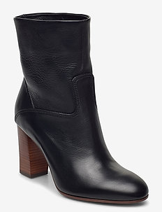 Brindley Lambskin Boot - heeled ankle boots - black
