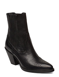 Lowrey Leather Cowboy Boot - heeled ankle boots - black