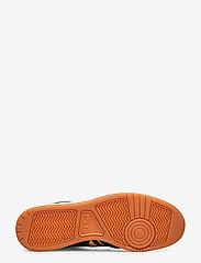 Polo Ralph Lauren - Court Leather Sneaker - low tops - newport navy/gold - 4