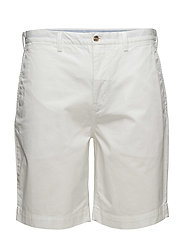 CLASSIC FIT 9 INCH BEDFORD SHORT - WHITE