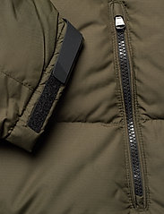 Polo Ralph Lauren - Color-Blocked Down Jacket - padded jackets - company olive/ po - 6