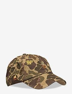 Hunting-Motif Camo Cap - caps - frog skin camo w/