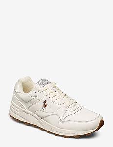 Trackster 100 Leather Sneaker - EGRET