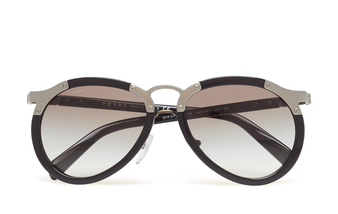 b4620ff916f ... france prada sunglasses catwalk 29d63 88cc2