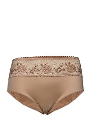 Primadonna - Golden Dreams Full Brief