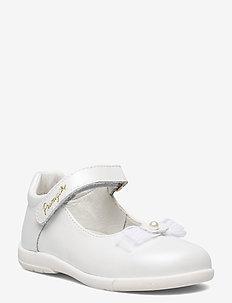 PPB 54021 - pre-walkers - white