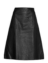 PZHAILEY Skirt - BLACK