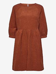PZSANNE Tunic - korte kjoler - sugar almond
