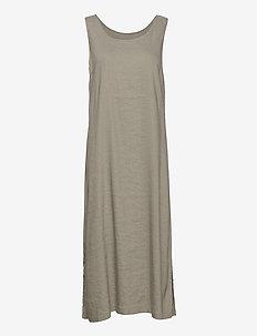PZLUCA Dress PREMIUM - sommerkjoler - vetiver